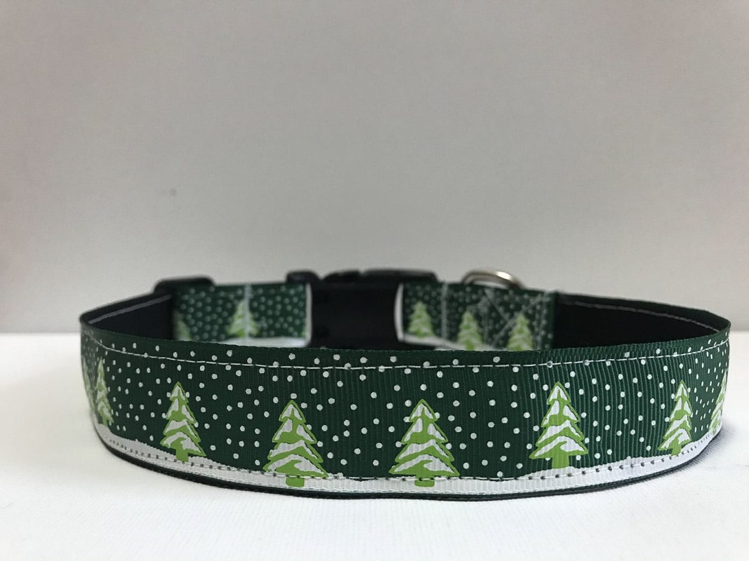 green christmas tree christmas cat collar.jpg